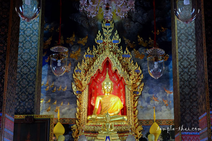 Luang Po Prasam Phutthamuni (หลวงพ่อพระสัมพุทธมุนี)