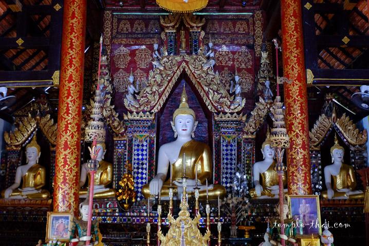 cinq bouddhas bicolores