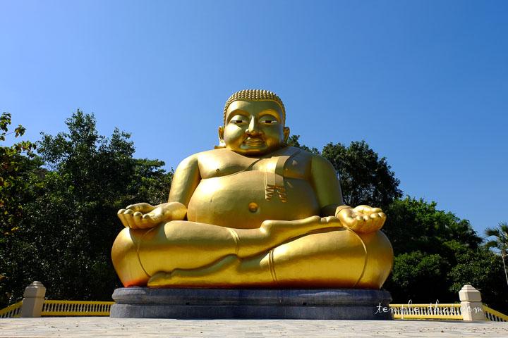 Le moine obèse Phra Sangkachaï (พระสังกัจจายน์)