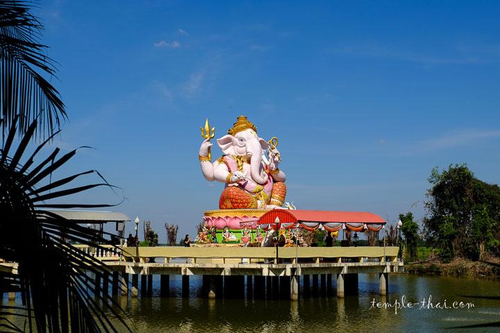 Ganesh sur sa plateforme