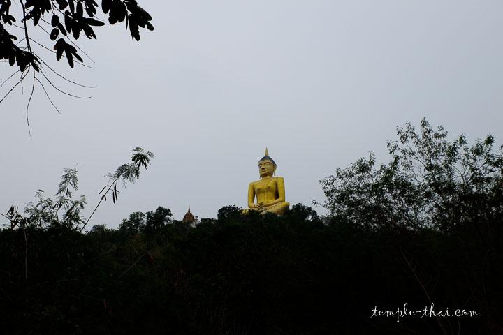 Luang Po Yaï (หลวงพ่อไหญ่)