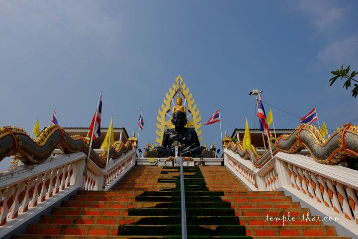 Luang Pu Tuat (หลวงพ่อทวด)