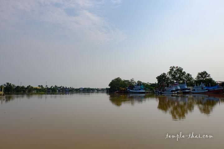 Le fleuve Mae Klong (แม่กลอง)