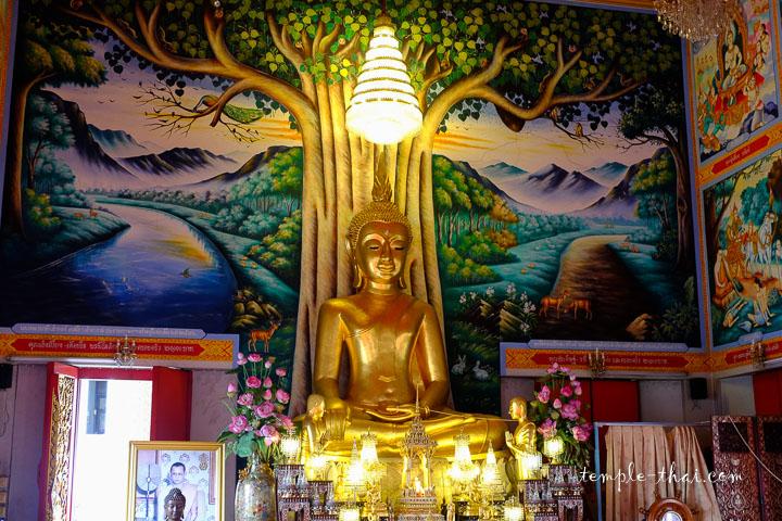 bouddha principal de la salle d'ordination