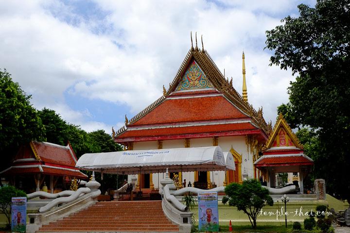Viharn Luang (วิหารหลวง)