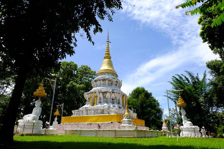 stupa multicentenaire