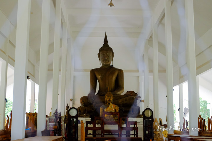 Le Viharn et son bouddha
