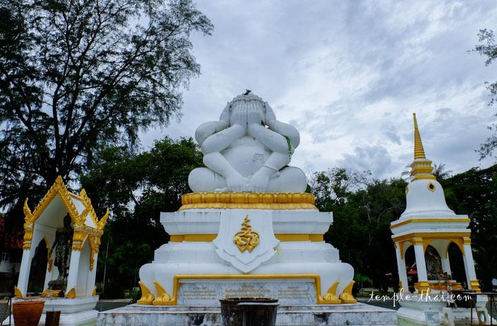 Phra Gavampati (พระควัมปติ) et ses six bras