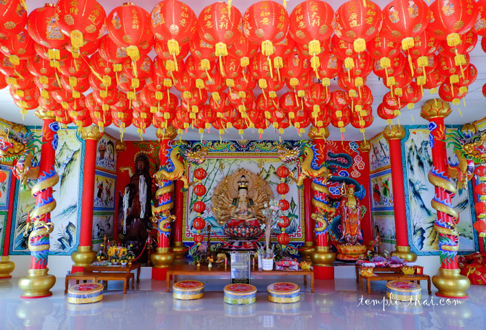 Pavillon moderne en l'honneur de la Bodhisattva Guanyin