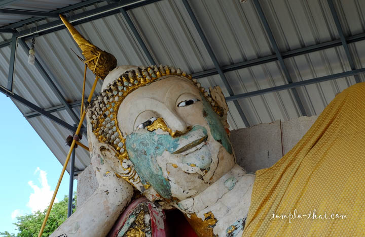 Visage du bouddha restauré