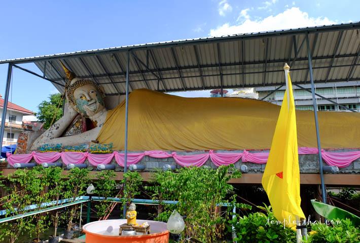 Long bouddha allongé
