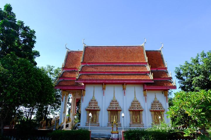 Ubosot moderne du monastère actuel