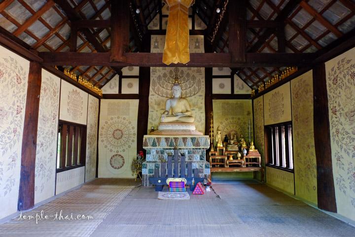 Temple bouddhiste à Chiang Rai