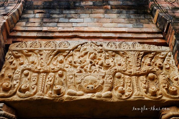 Linteau khmer de style Baphuon